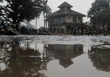 masjid-jabalurrahman