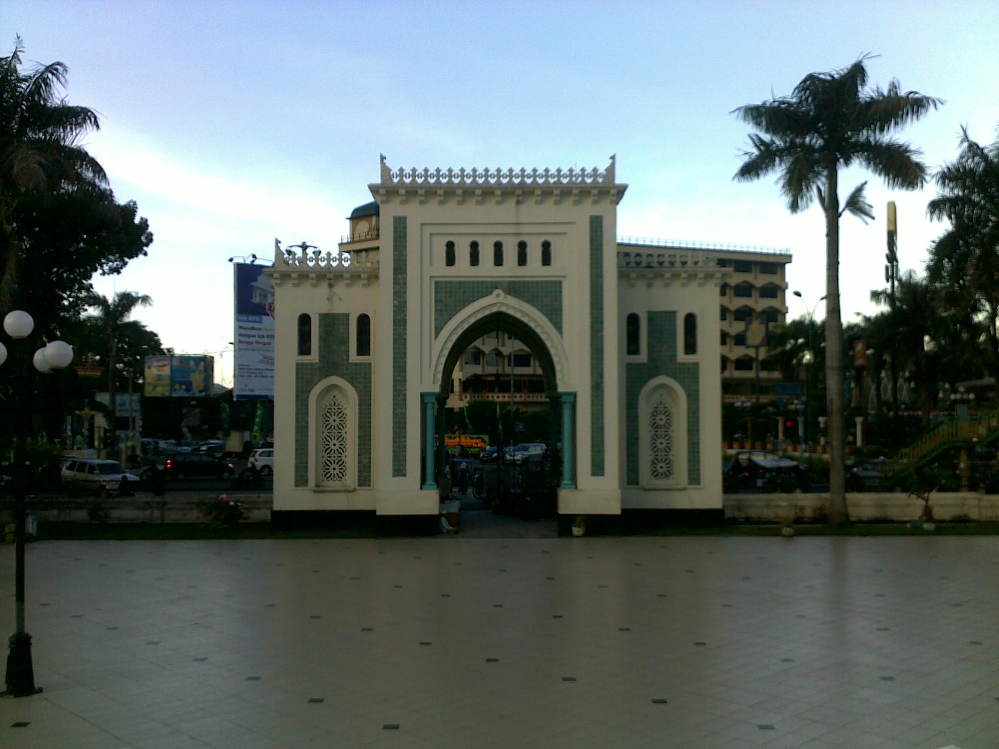 Berkunjung Ke Kota Medan Bagian 2 Masjid Raya Medan Yang Anggun