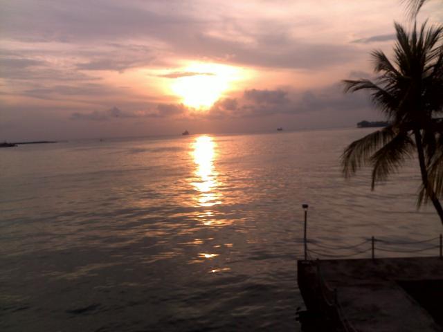 Sunset di Pantai Losari