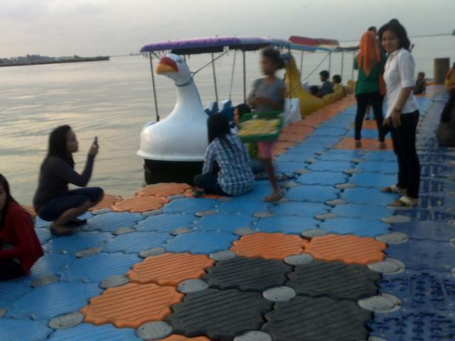 Banana boat 1