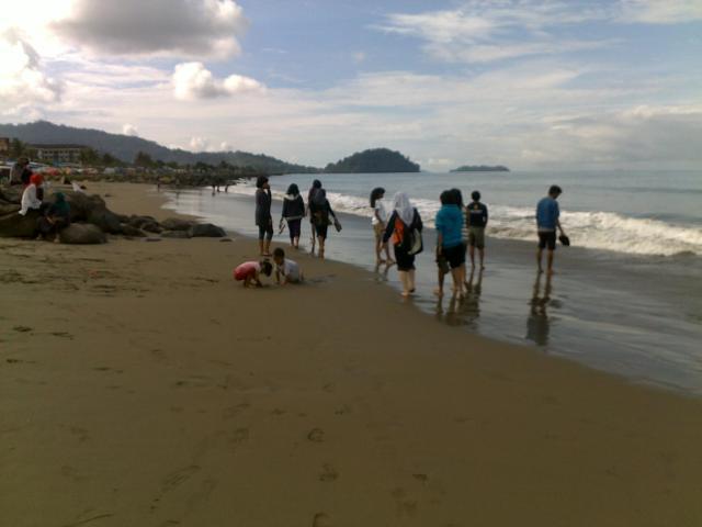 Pantai Purus, Padang, nan landai