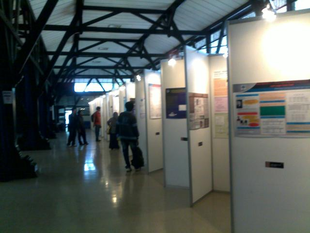 Suasana pameran poster di Aula Timur ITB