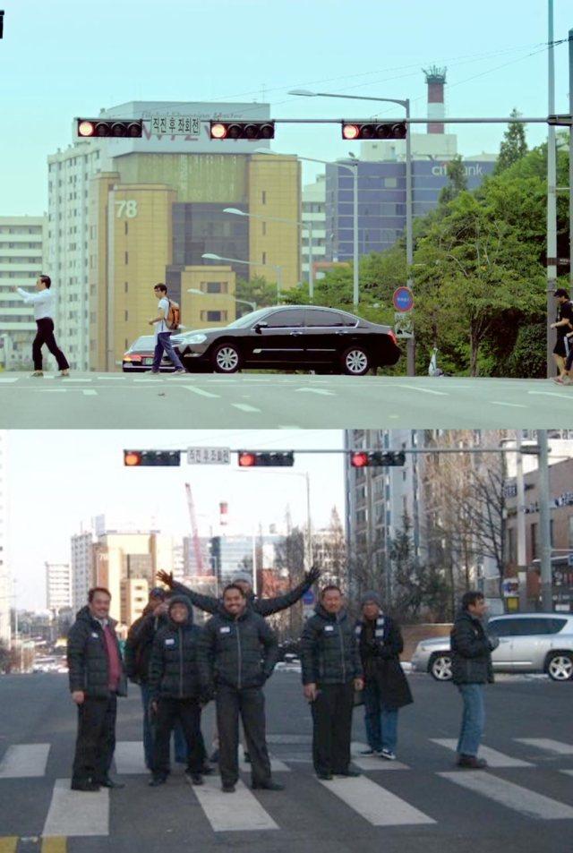 Atas: PSY menyeberang seperti dalam videonya. Bawah: Saya dan teman-teman dari ITB, Dikti, dan Kominfo narsis di zebra cross PSY