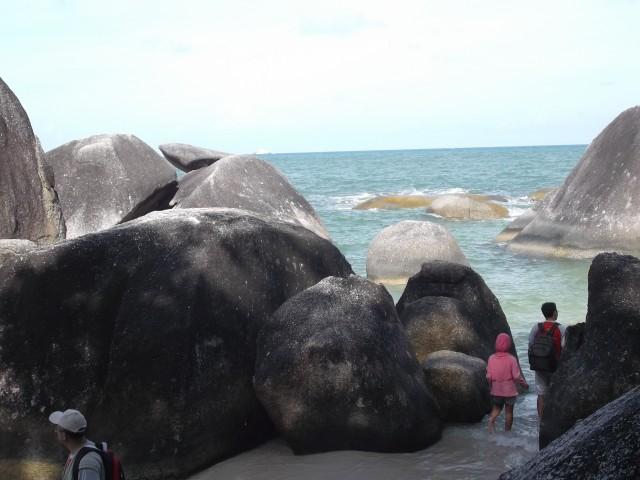 Pemandangan ke arah laut (3)