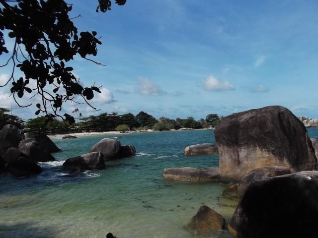 Pemandangan ke arah laut (1)
