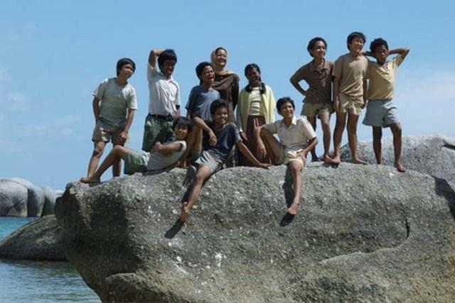 Adegan film Laskar Pelangi di pantai