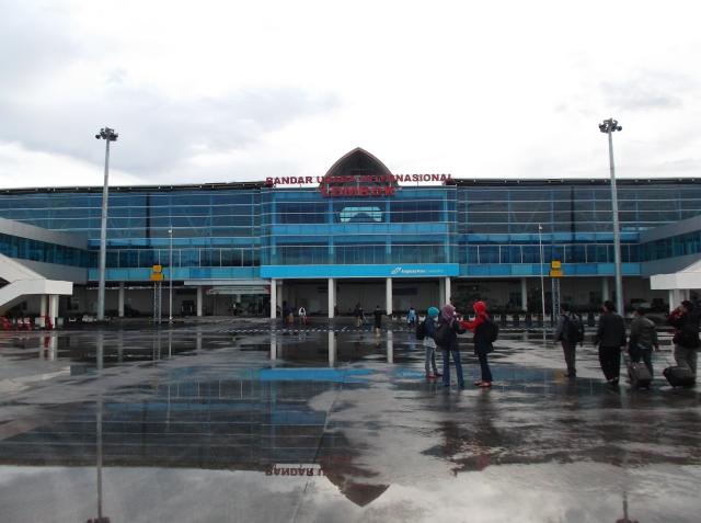 Bandara LIA tampak dari dalam