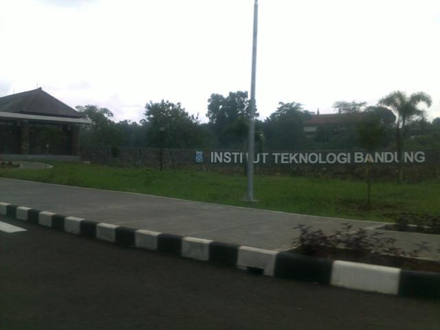 Papan nama kampus ITB Jatinangor