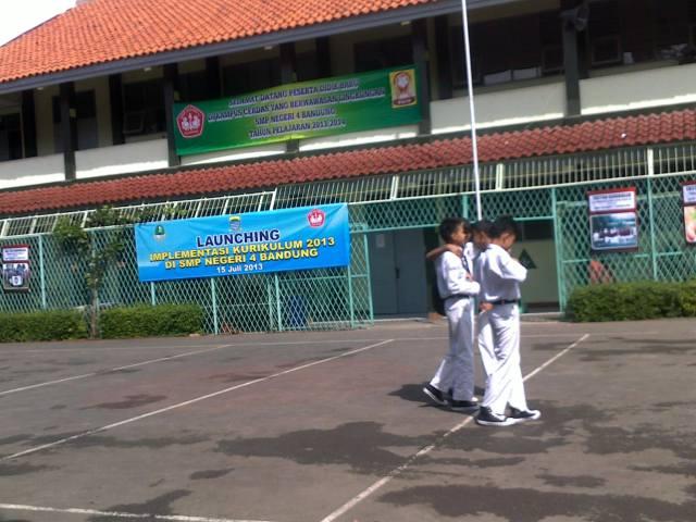 SMP 4 Bandung (4)