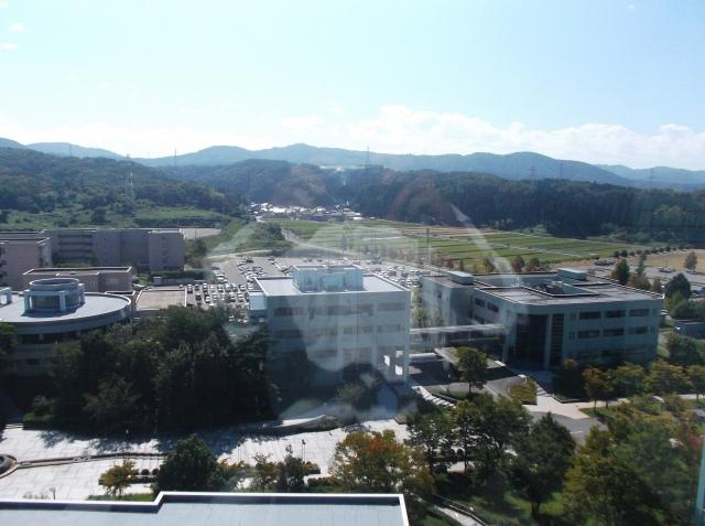 Pemandangan kampus JAIST dari atas.