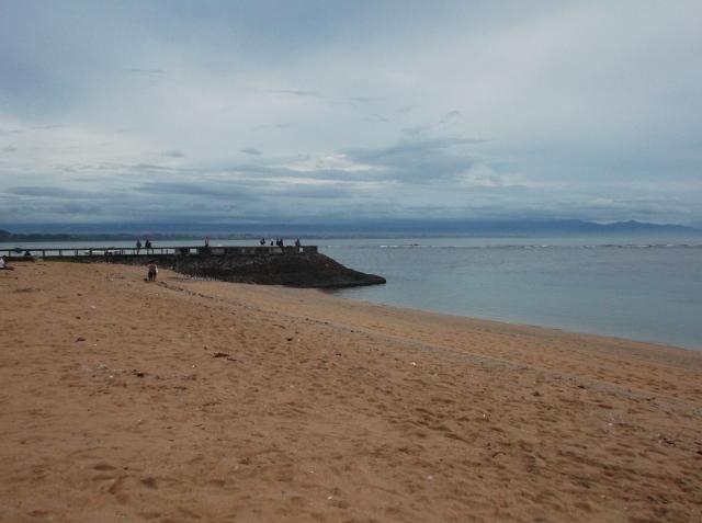 Pantai Sanur yang sepi