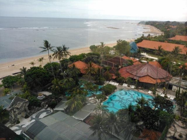 Pantai Sanur tampak dari lantai 10 hotel