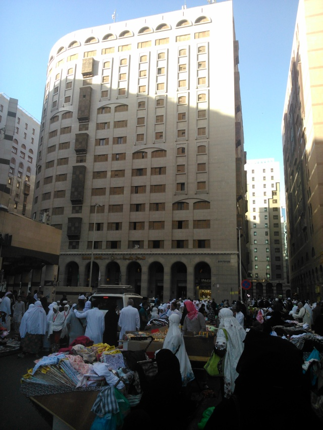 Hotel Elaf Kinda, persis di depan Masjid Nabawi
