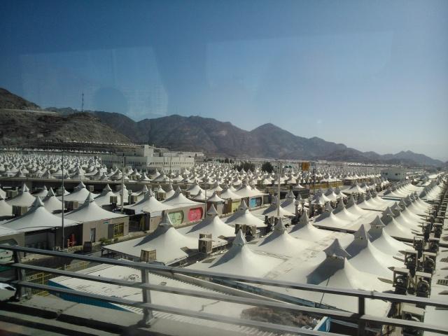 Tenda-tenda di Mina